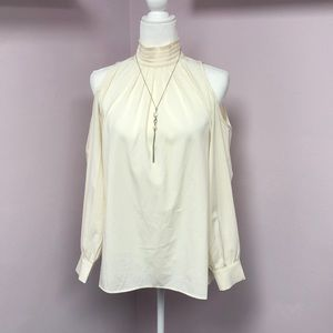 Sugar + Lips Cold Shoulder Off White Trendy XS Top